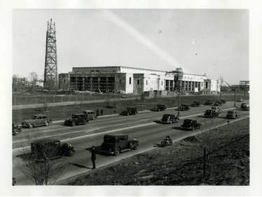 New York City Building and Trylon under construction, June 21, 1938. Courtesy of the New York City Department of Parks Photo Archive.